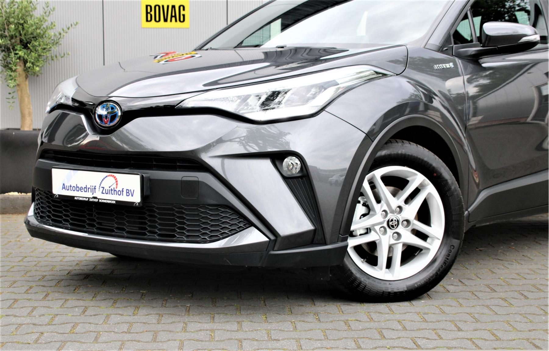 Toyota-C-HR-1