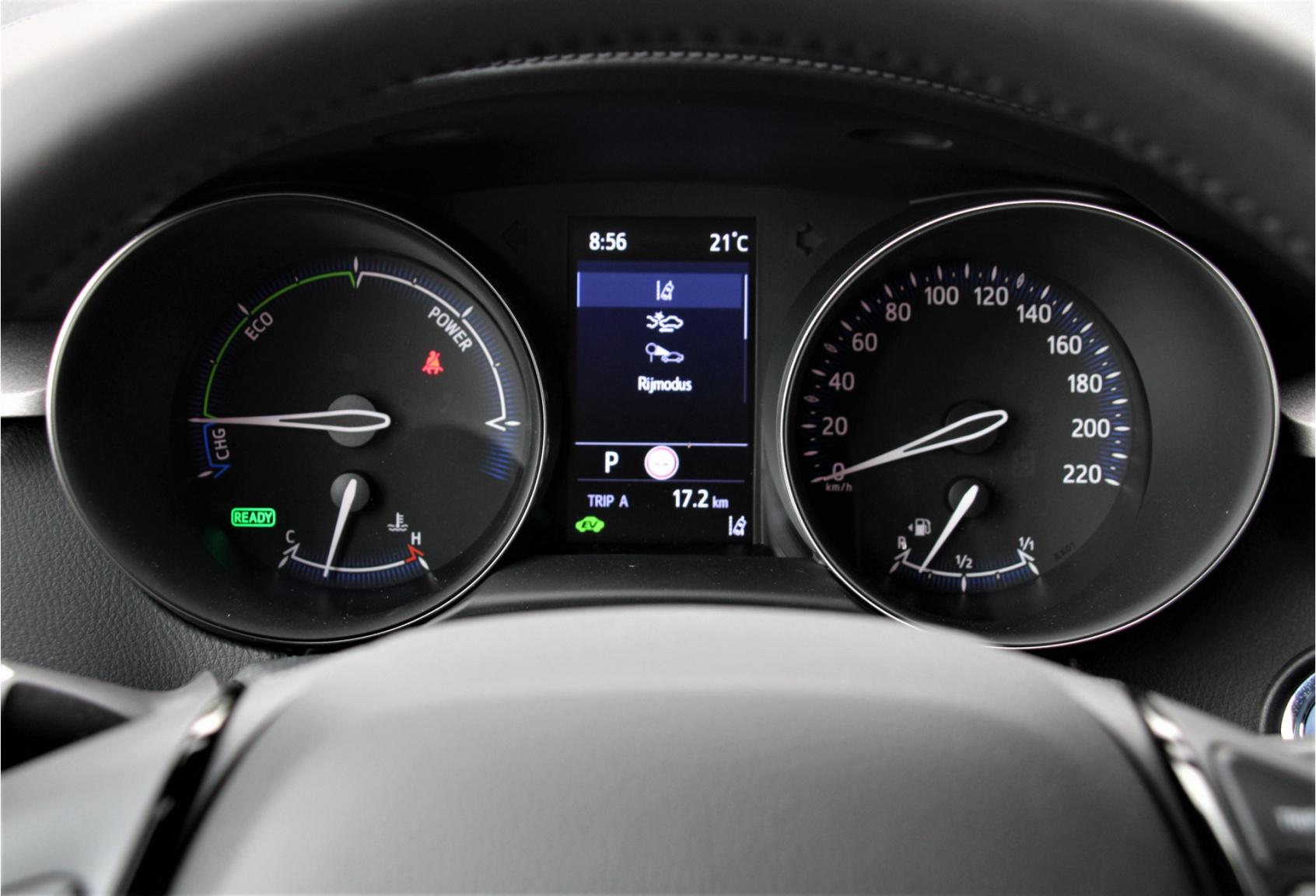 Toyota-C-HR-18