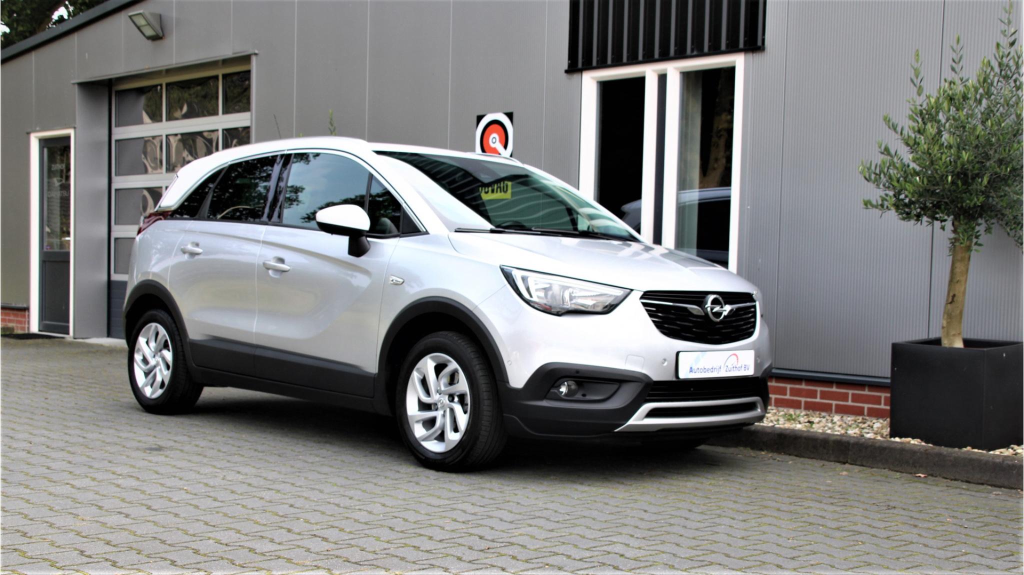 Opel-Crossland X-7